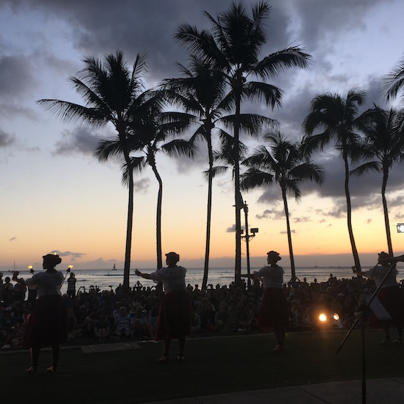 Money savings tips for Waikiki: The free Kuhio Beach Hula Show