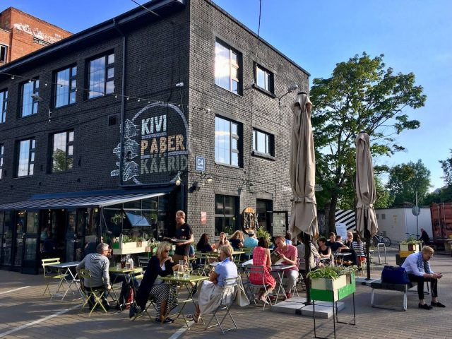 Tallinn dog-friendly cafe
